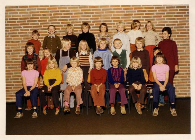 1975-3d