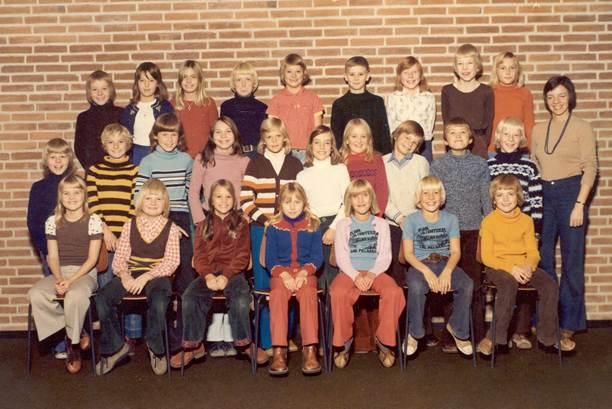 1975-4b